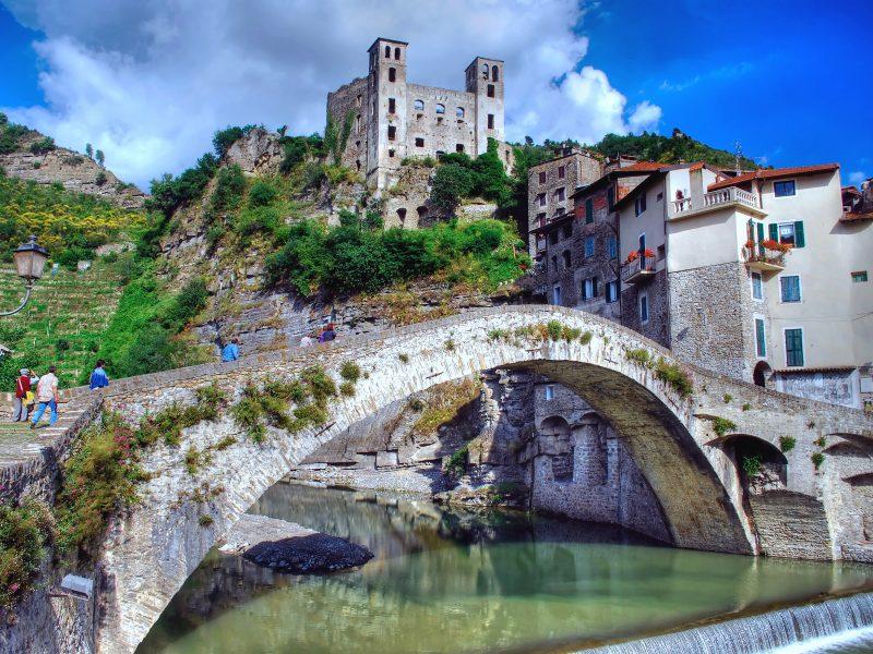 Bloemenrivièra kasteel brug rivier