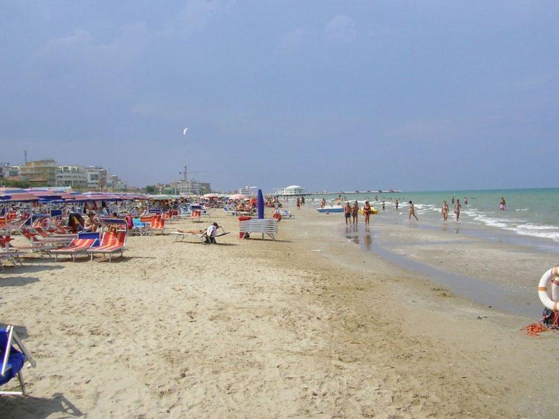 Tenuta Tredici Ulivi strand