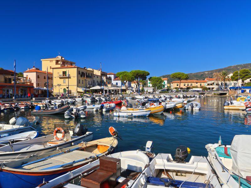 Elba haven stad