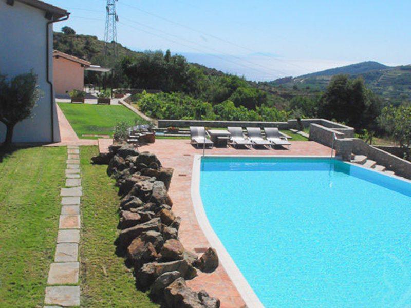 La Chiusa di Rio agriturismo zwembad uitzicht