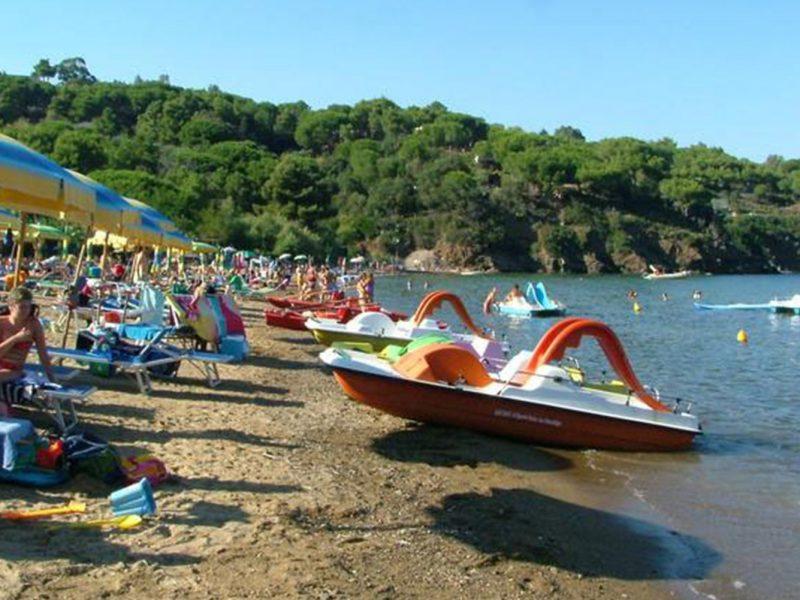 Villa Franca zee strand fietsboot