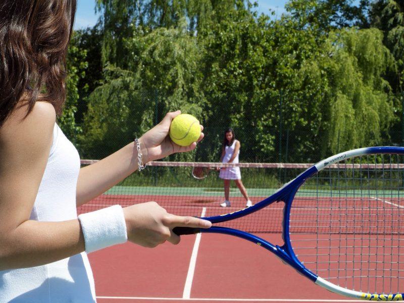 Le Clos des Oliviers tennisbaan