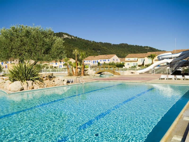 Le Clos des Oliviers zwembad accommodatie