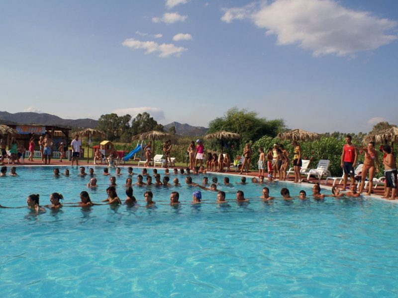 Rey Beach Club Costa Rei vakantiepark zwembad