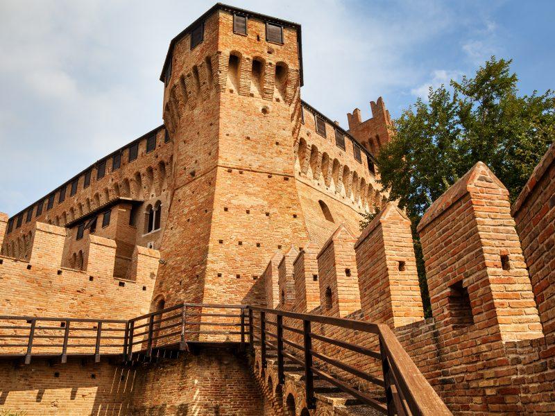 Marche kasteel vesting toren