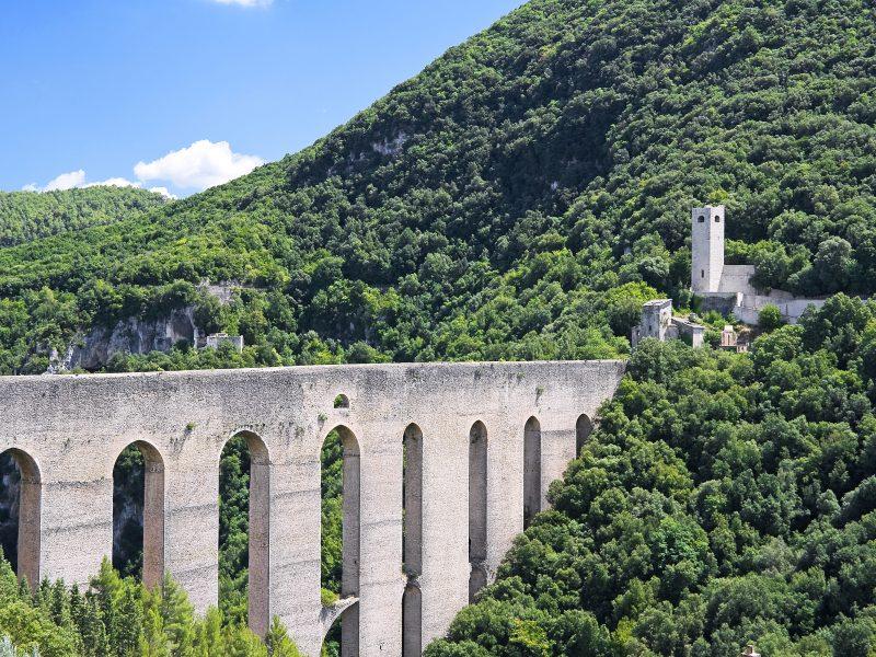 Umbrië brug berg natuur