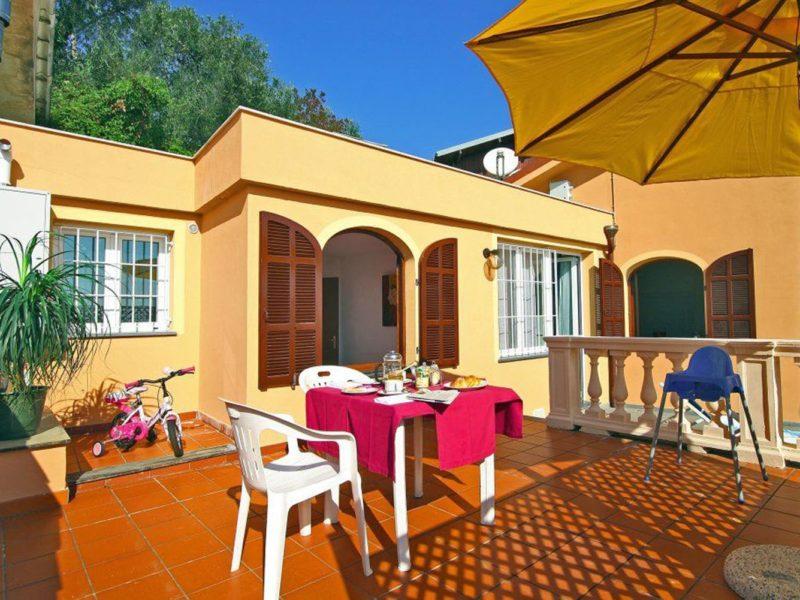 Residence Villa Chiara vakantiewoning terras