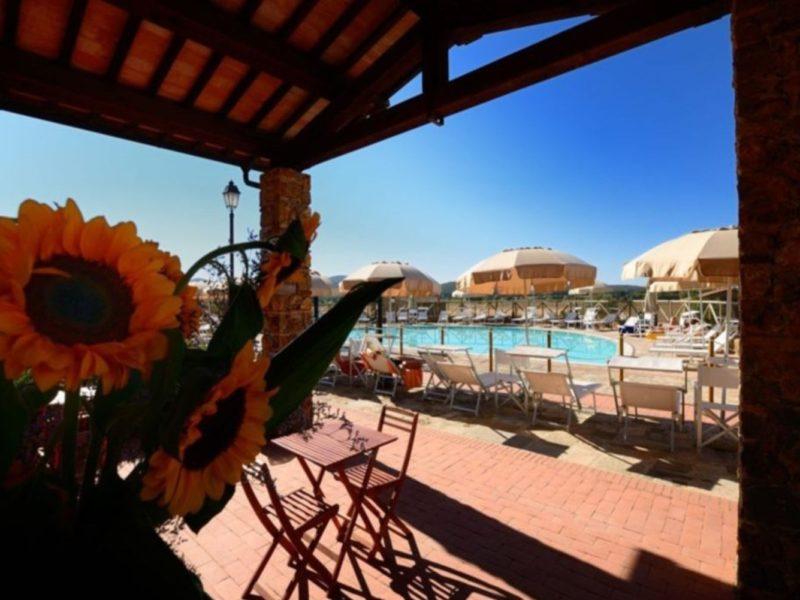 Antico Borgo Casalappi agriturismo zonnebloem