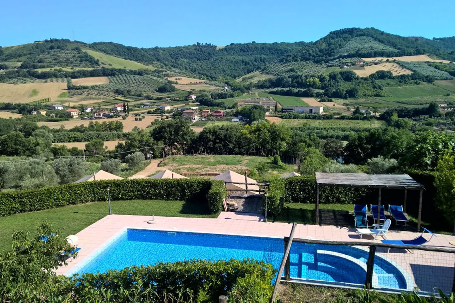 Countryhouse Il Girasole - luxe agriturismo's in de Marche