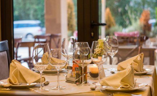 Luxe dineren aan de Bloemenrivièra? 3 tips!