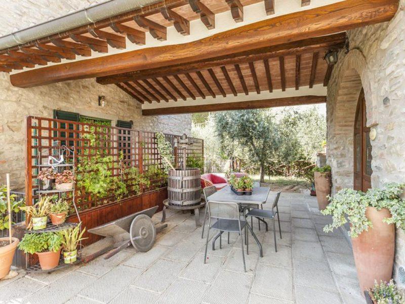 la corte etrusca toscane
