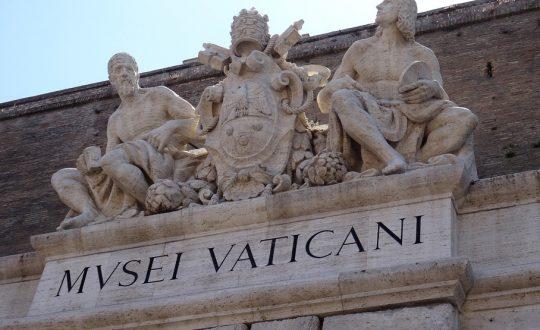 Een kijkje in Italiaanse musea vanaf de bank