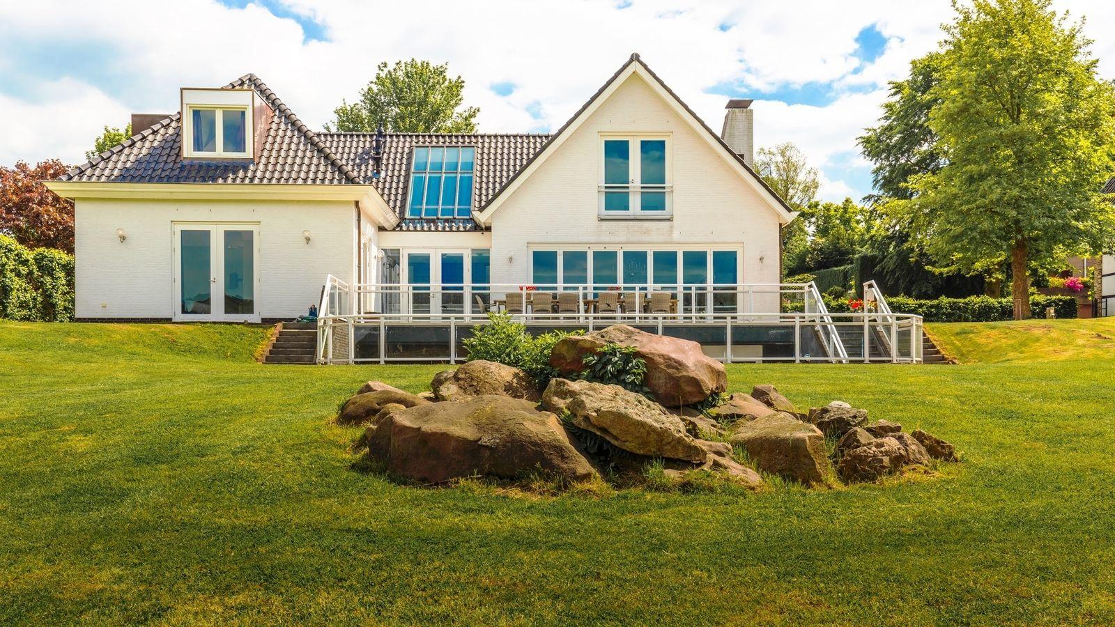 Drie vakantiehuizen in Nederland